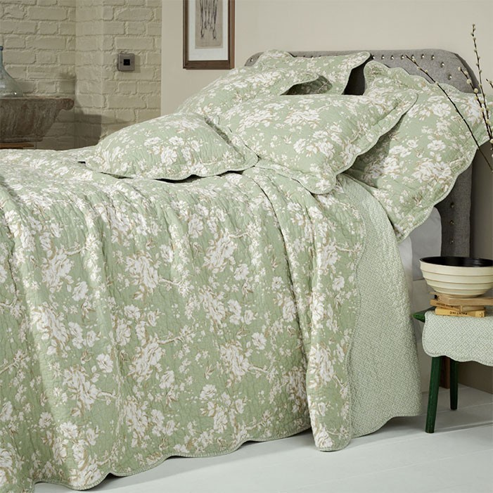 Versailles Green Super King Bedspread, What Size Is A Super King Bedspread
