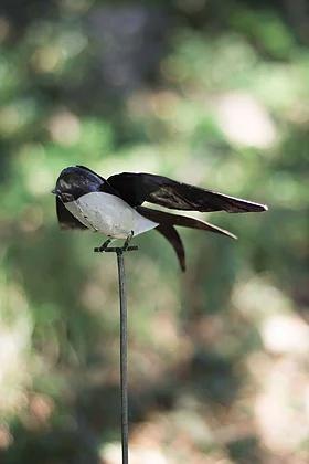 Swallow on rod metal bird