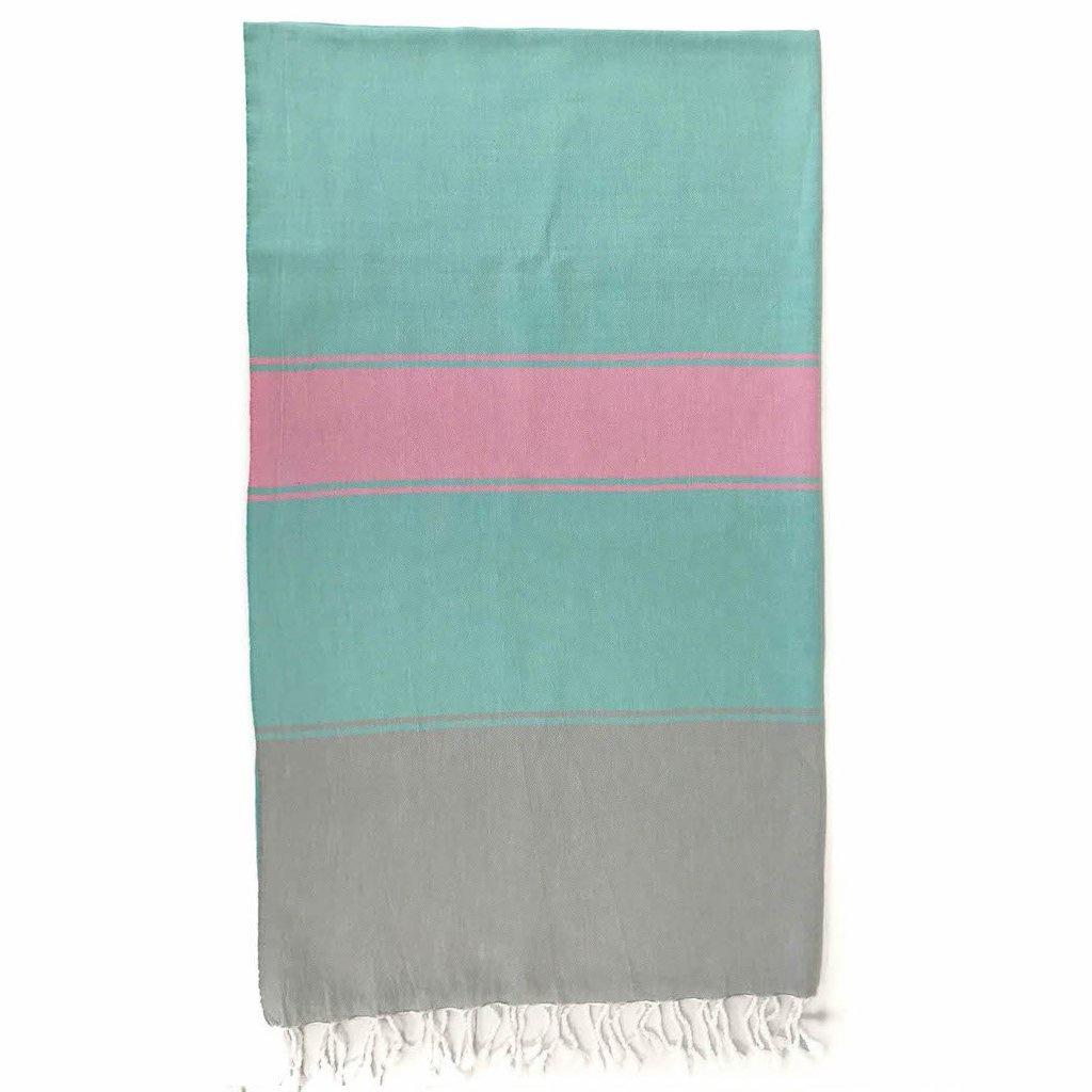 Talia Towel Flamingo | Christmas Hosting