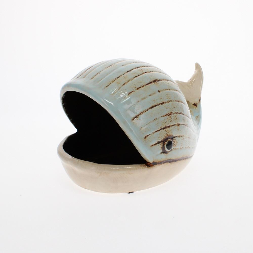 ceramic whale dish