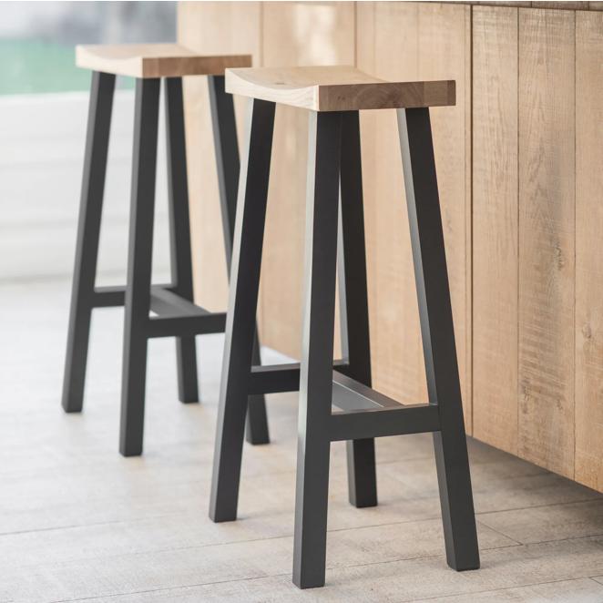 Newland Bar stools