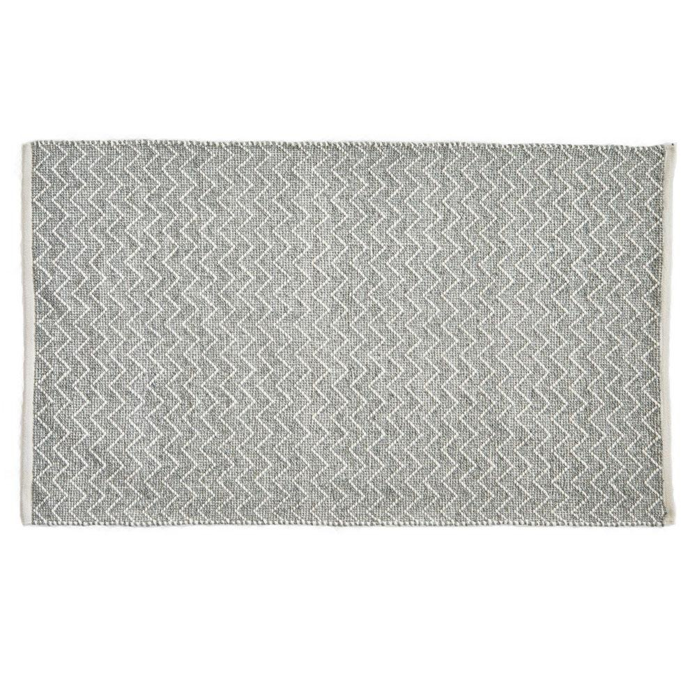 Chenille Recycled rug in Dove Grey, zig zag patterned