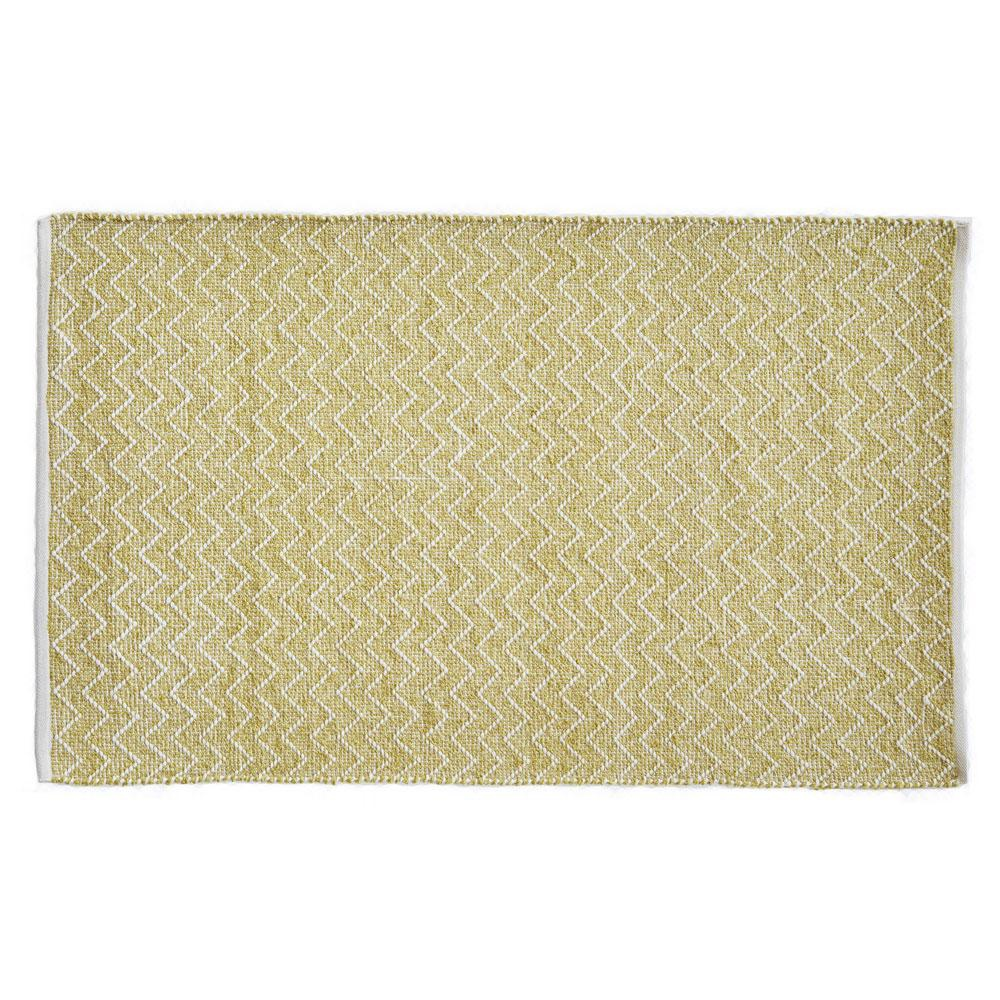 rug made from recycled bottles, gooseberry coloured