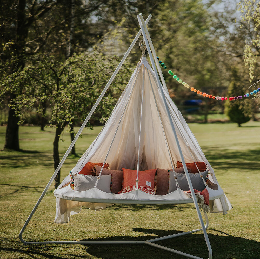 TiiPii Indoor Outdoor Hanging Bed